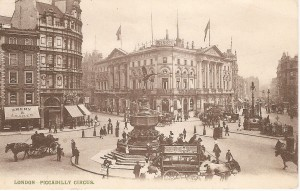 London - Piccadilly Circus.