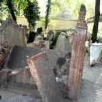 Rabbi Low's Grave.
