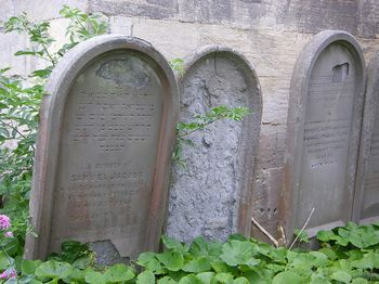 Jacobs, Samuel (the tombstone to the right is said to be Phoebe's his wife)