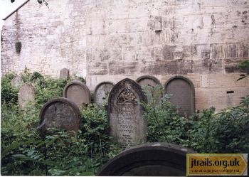 Bath Jewish Cemetery - general view