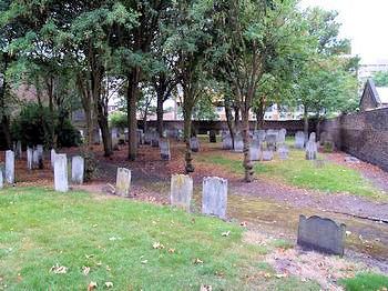 Alderney Road Jewish Cemetery - general view